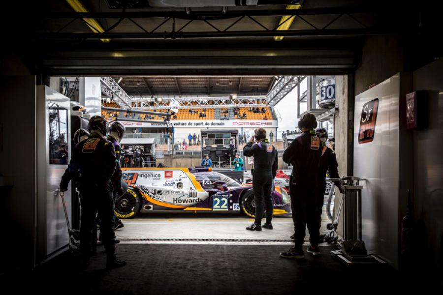Vincent Capillaire - Stand de l'équipe SO24! By Lombart Racing
